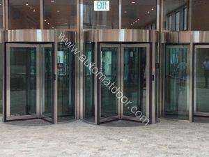 درب اتوماتیک بانکی
